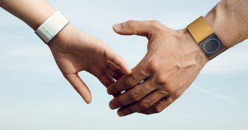 embrace-bracelet